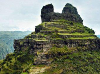 Es un lugar místico y sagrado se llama Waqrapukara ubicado en Cusco (Fotos)